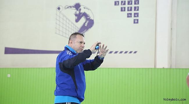 Türk antrenör Kazakistan'ı olimpiyat elemelerine hazırlayacak