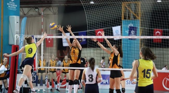 Yıldız Kızlar Türkiye Şampiyonası'nda Yarı Final Eşleşmeleri Belli Oldu