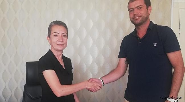 Edremit Belediyesi Altınoluk'ta antrenör Uğur Baysal