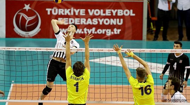 Genç Erkekler Türkiye Şampiyonası'nda Finalistler Belli Oldu