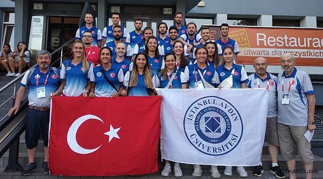 Polonya'da Beykent kazandı, İstanbul Aydın kaybetti