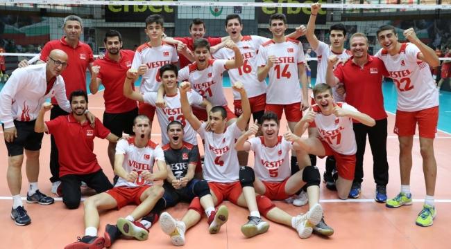 U17 Küçük Erkek Milli Takımımız, Romanya'yı 3-0 Mağlup Etti