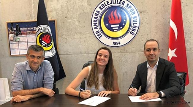 TED Ankara Kolejliler'den ilk transfer