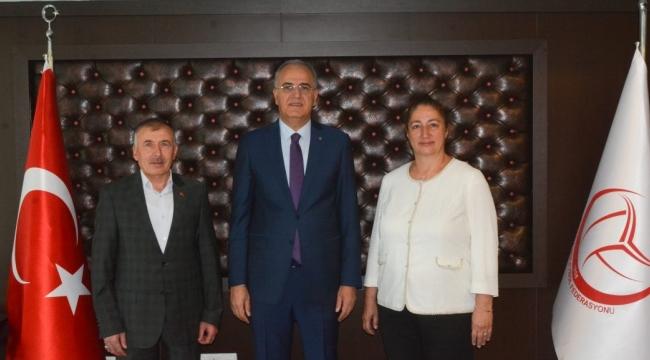 Türkiye Oryantiring Federasyonu Başkanı Hacer Akyüz, TVF Başkanı Üstündağ'ı Ziyaret Etti
