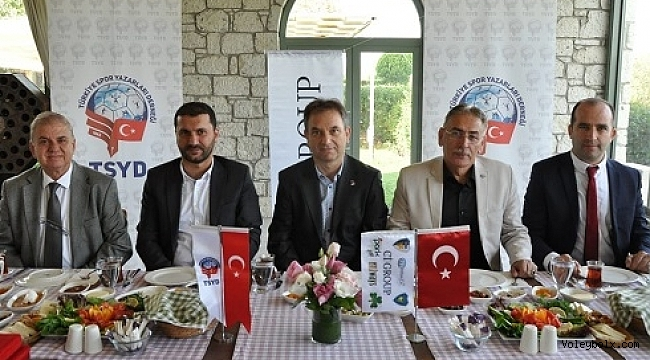 TSYD İzmir'den Voleybol Turnuvası