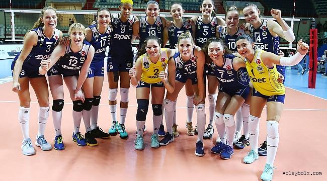 Fenerbahçe Opet, Budowlani Lodz'u 3-0 Mağlup Etti