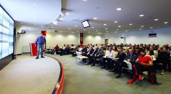 Antrenör Gelişim Semineri Ankara'da Düzenlendi