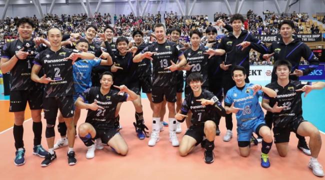 Japonya'da lider Panasonic Panthers zor kazandı: 3-2