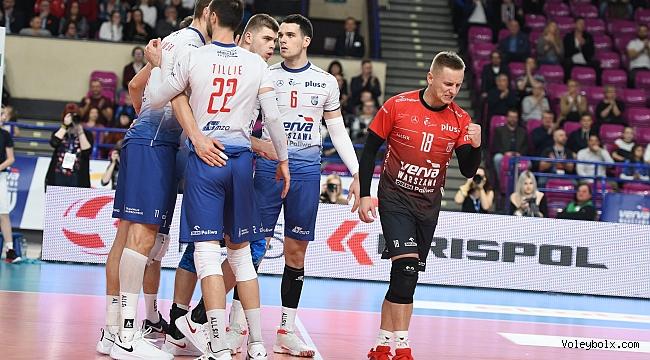 Polonya derbisini lider Varşova 3-0 kazandı