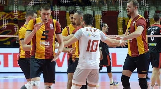Galatasaray'ın milli voleybolcusu Burak Mert'ten çeyrek final yorumu