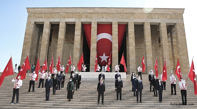 19 Mayıs'ta Türk Gençliğini Voleybolcular Temsil Etti
