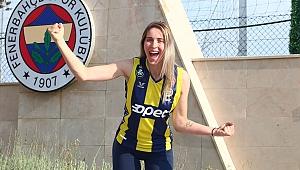 Bianka Busa: Fenerbahçe'nin gelişimimde rol oynayacak en iyi kulüp olduğunu düşündüm