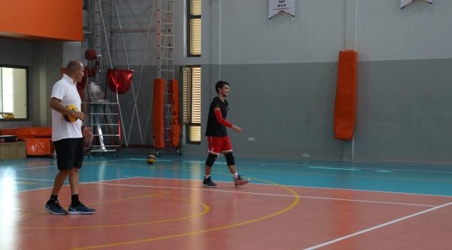 ES Voleybol antrenmanlara başlıyor
