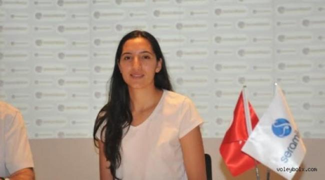 Gamze Türk, Edremit Bld. Altınoluk'ta..