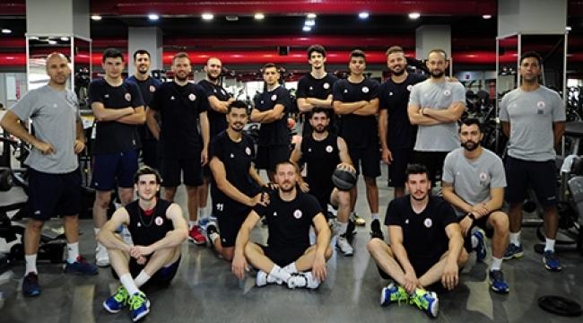 İstanbul BBSK sezonu açtı..