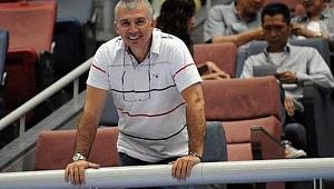 Karşıyaka filede Reşat Yazıcıoğulları ile imzalıyor