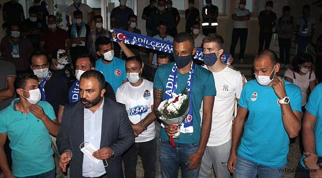 Brezilyalı oyuncuya Bitlis'te coşkulu karşılama