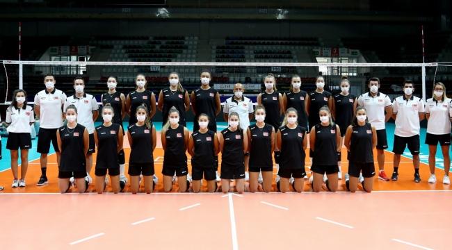 U19 Genç Kız Milli Takımımız, Avrupa Şampiyonası Hazırlıklarını Sürdürüyor