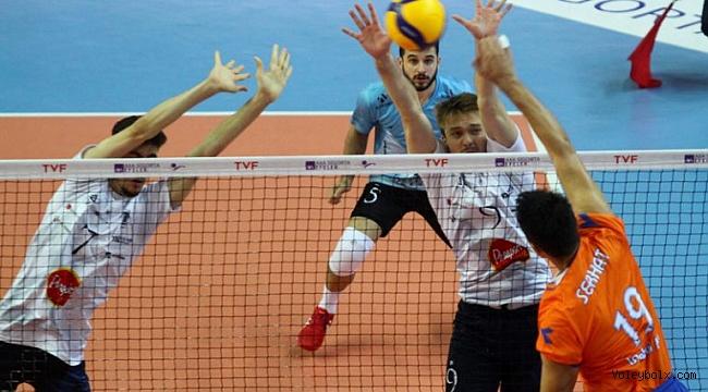 Efeler Ligi'nde 2., 4. ve 6. Haftanın Ertelenen Maçları Oynandı