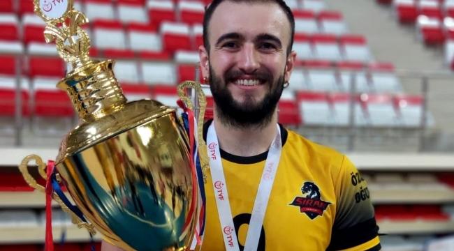 Hüseyin Batuhan Duman, Macaristan'a transfer oldu..