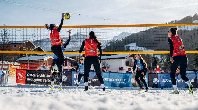 Kar Voleybolu Milli Takımımız, Wagrain Etabı'nda Finalde