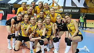VakıfBank, Şampiyonlar Ligi'nde Yarı Finale Yükseldi