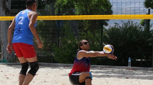 TVF Plaj Voleybolu Kulüpler Şampiyonası'nda 3.Gün Sona Erdi