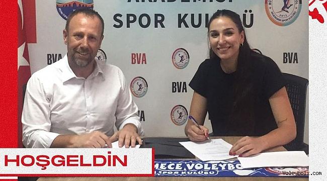 Selda Aksoy, Büyükçekmece Voleybol Akademi'de