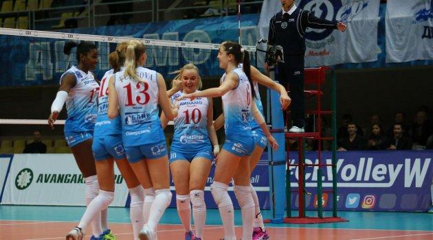 Dinamo Moskova, 40 yıl sonra şampiyonluk istiyor