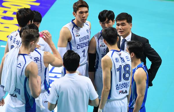Kore'de Samsung Bluefangs zor kazanadı...