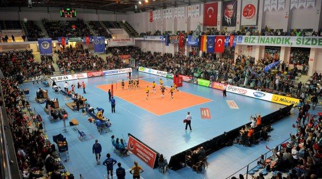 Bursa Büyükşehir Belediye Spor finale yükseldi!..