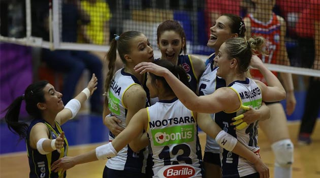 Fenerbahçe Nilüfer Bld'yi 3 Sette Mağlup Etti