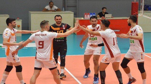 Galatasaray HDI Sigorta Hazırlık Maçında Galip