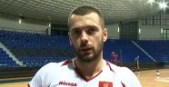 Arhavi Belediye Spor'a Karadağlı oyuncu