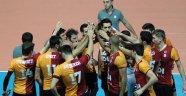Cimbom, Bornova maçında nefesler kesildi