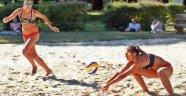 Nezir ve Vence, 2017 CEV U22 Plaj Voleybolu Avrupa Şampiyonası'nda tur atladı