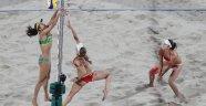 Rio plajlarında bayanlar yarı finalistleri belli oldu