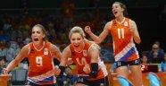 Rio'da Bayanlarda ilk iki finalist Hollanda ve Amerika