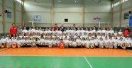 TVF'den Bursa Fabrika Voleybol Okulu'na ziyaret