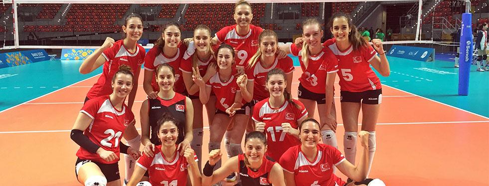 A Bayan Milli Takımı, Azerbaycan'da Finalde