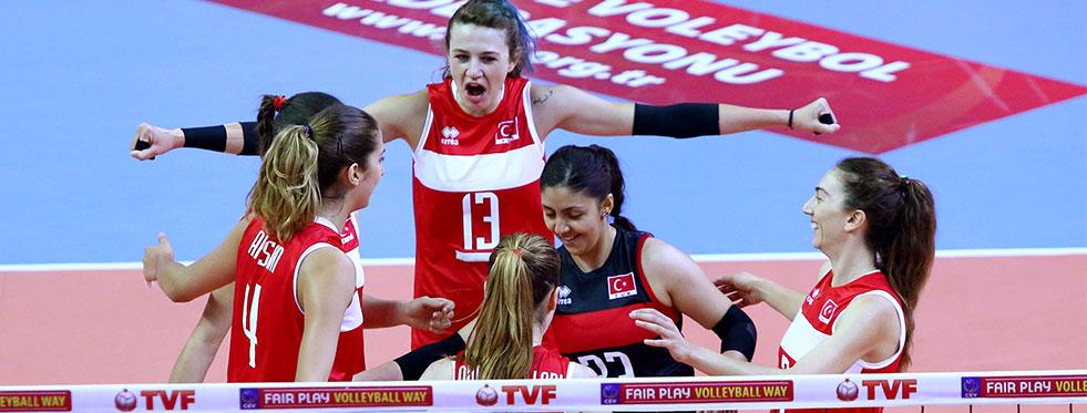 Avrupa Ligi 4. Haftasını Polonya'yı 3-1 yenerek lider tamamladık