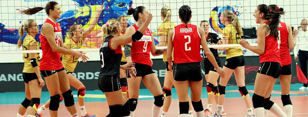 Filenin Sultanları 2015 Avrupa Şampiyonası'nda yarı finalde